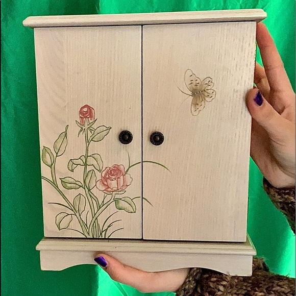 Vintage Y2k wooden jewelry box